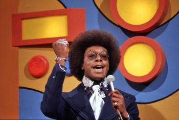 soul train host rocking the fro